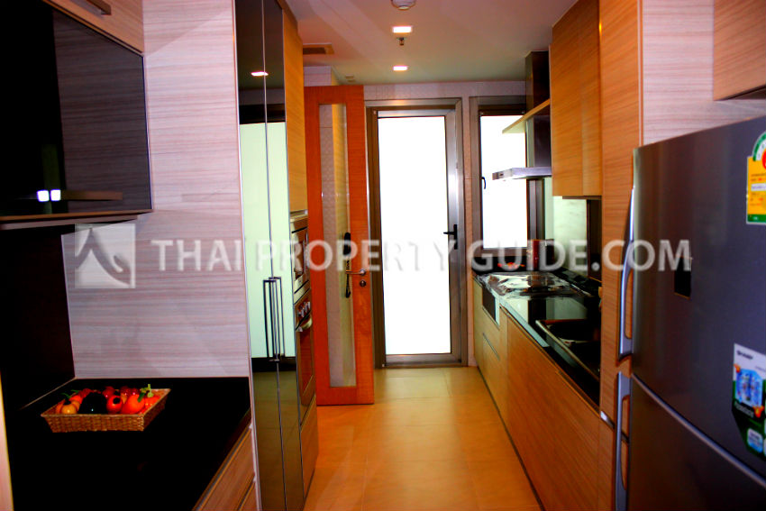 6 Star Apartment in Phromphong area