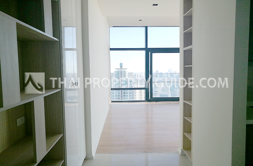 Condominium for rent in New Petchburi