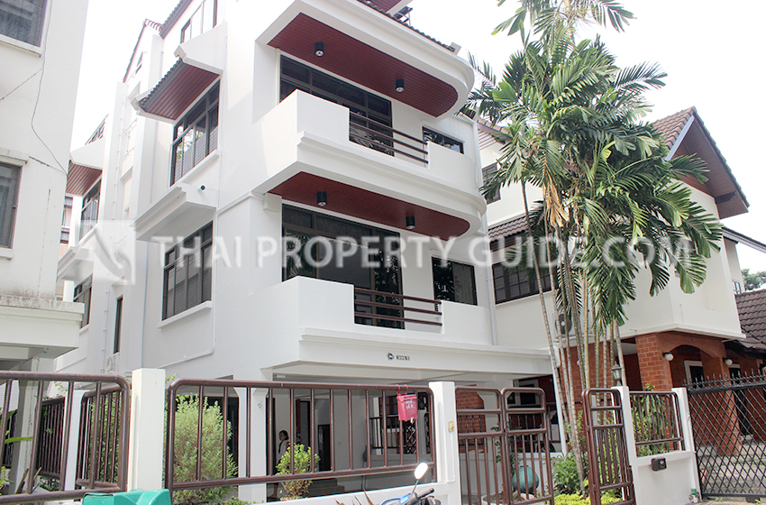 House in Sukhumvit