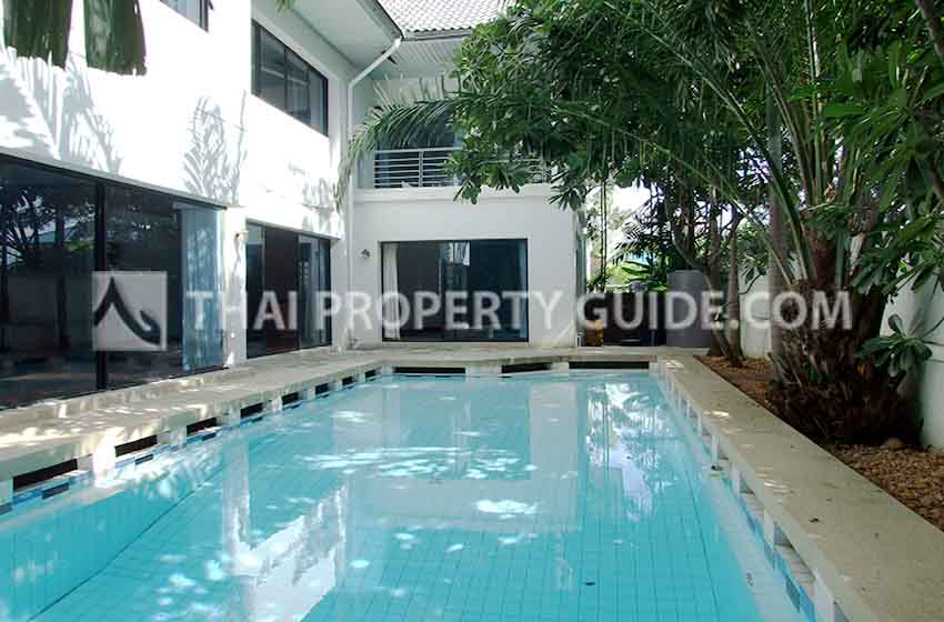 House with Private Pool for sale in Nichada Thani