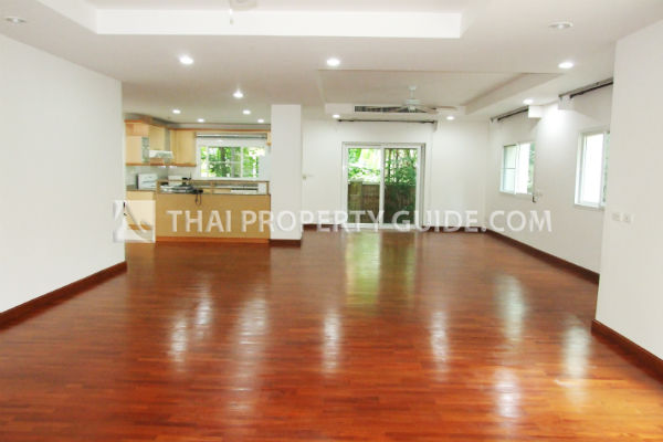 House with Shared Pool for sale in Nichada Thani