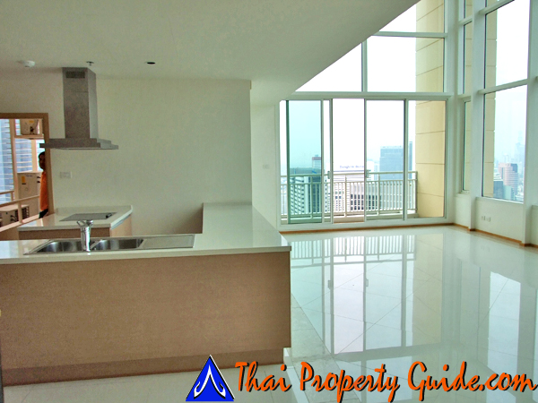 Penthouse for rent in Sathorn