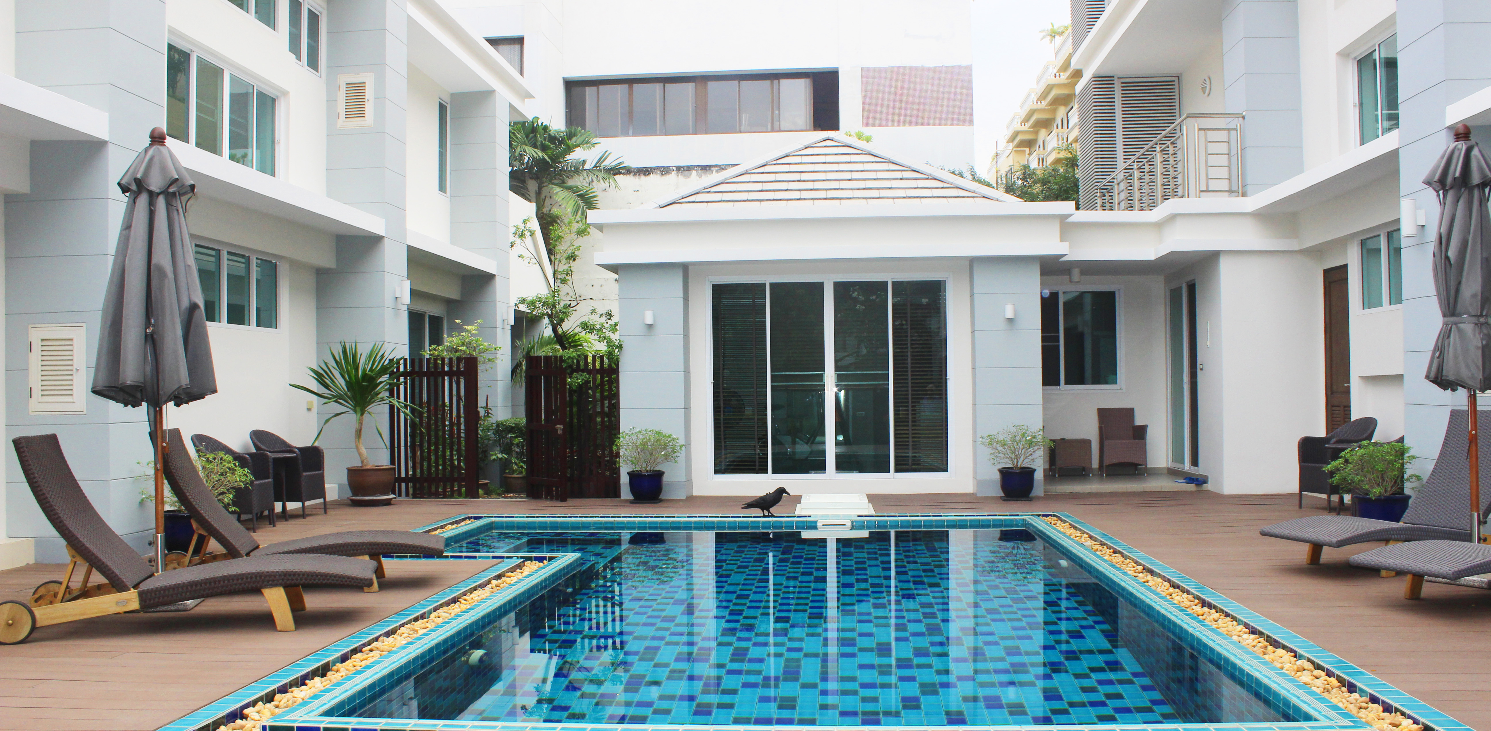 5 Br Spacious House Near BTS Phrom Phong Ready to more in.